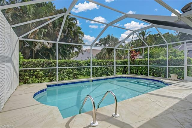 8673 Mustang Dr 58, Naples, FL 34113