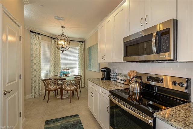 9378 Pocida Ct 19-202, Naples, FL 34119