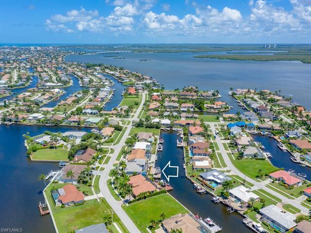 175 Dan River Ct, Marco Island, FL 34145