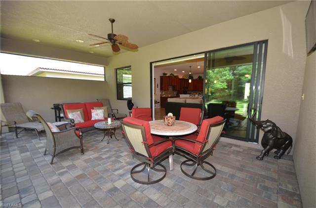 9884 Alhambra Ln, Bonita Springs, FL 34135