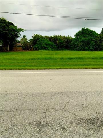 28233 Vanderbilt Dr, Bonita Springs, FL 34134