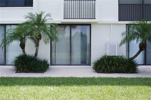 10475 Gulf Shore Dr 121, Naples, FL 34108