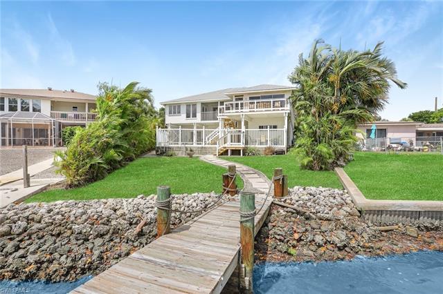 8155 Lagoon Rd, Fort Myers Beach, FL 33931
