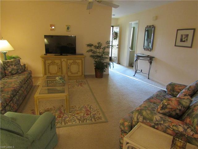 197 Fox Glen Dr, Naples, FL 34104