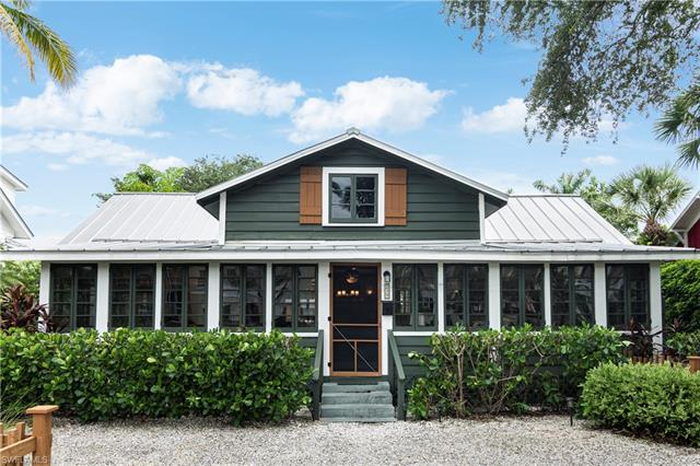 239 Broad Ave S, Naples, FL 34102