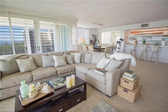 21 Bluebill Ave B-804, Naples, FL 34108