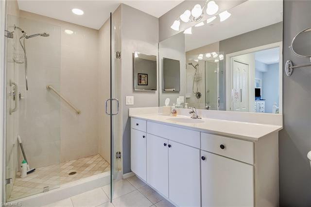 6816 Sterling Greens Pl 1305, Naples, FL 34104