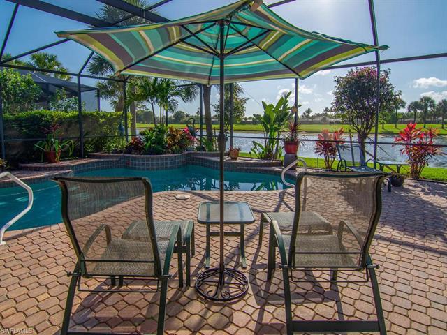 8761 Mustang Island Cir, Naples, FL 34113