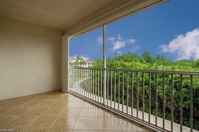 3042 Driftwood Way 4806, Naples, FL 34109