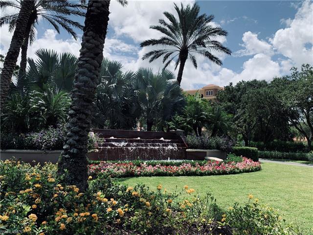 560 El Camino Real 1104, Naples, FL 34119