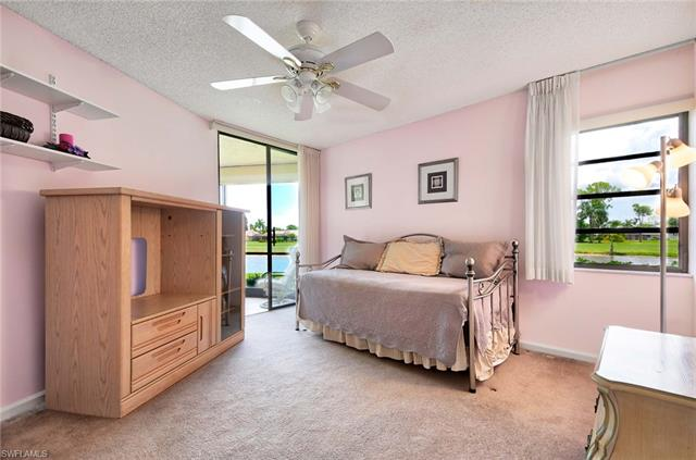 415 Augusta Blvd 109, Naples, FL 34113