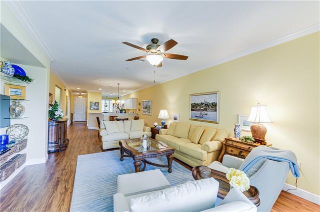 4864 Hampshire Ct 202, Naples, FL 34112