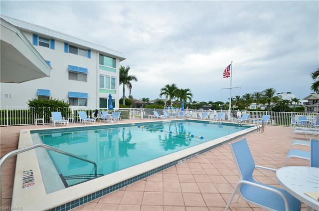 2100 Gulf Shore Blvd N 117, Naples, FL 34102