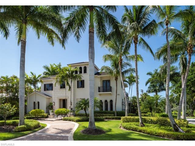 382 Gulf Shore Blvd N, Naples, FL 34102