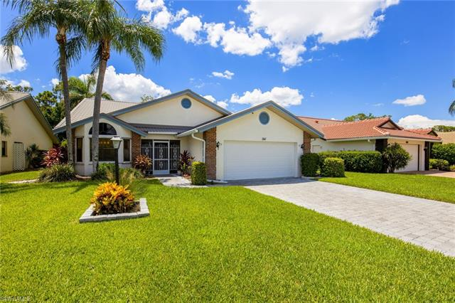 541 Countryside Dr, Naples, FL 34104