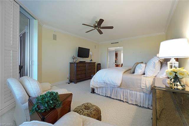 7575 Pelican Bay Blvd 807, Naples, FL 34108