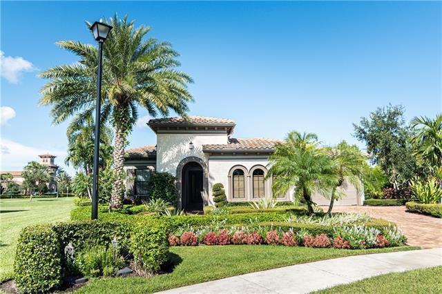 9419 Greenleigh Court Ct W, Naples, FL 34120