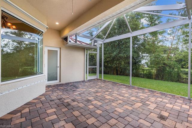 9977 Puopolo Ln, Bonita Springs, FL 34135