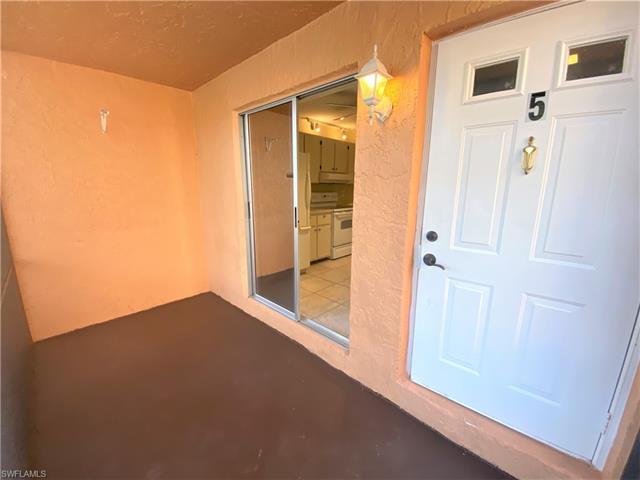 4040 Ice Castle Way 5, Naples, FL 34112