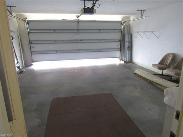 5548 Foxhunt Way, Naples, FL 34104