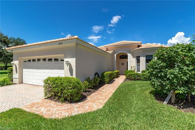 8297 Gleneagle Way, Naples, FL 34120