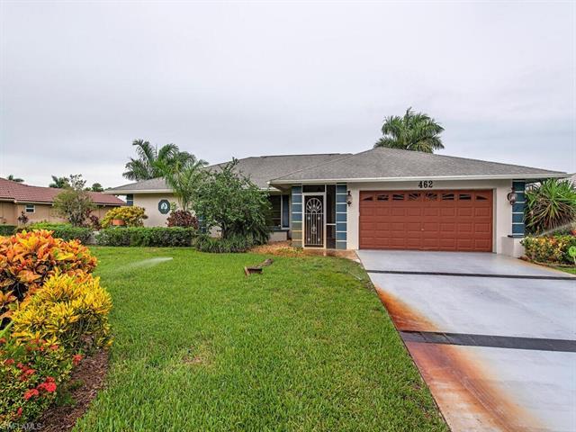 462 Torrey Pines Pt, Naples, FL 34113