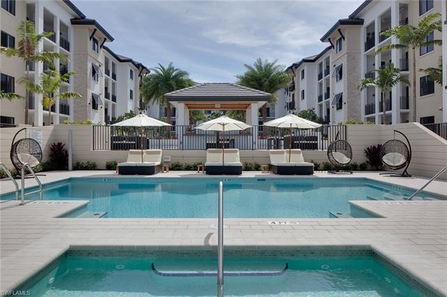 1030 3rd Ave S 516, Naples, FL 34102