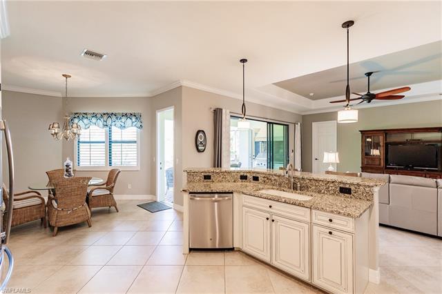 28066 Wicklow Ct, Bonita Springs, FL 34135