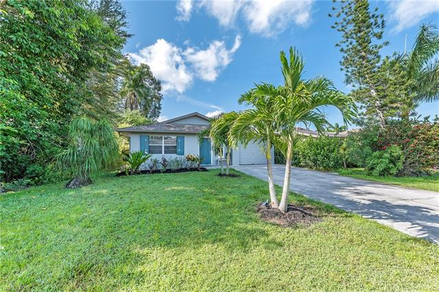 820 100th Ave N, Naples, FL 34108