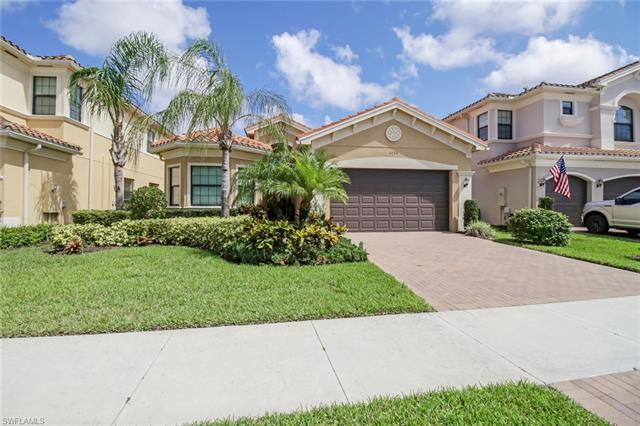 3256 Pacific Dr, Naples, FL 34119