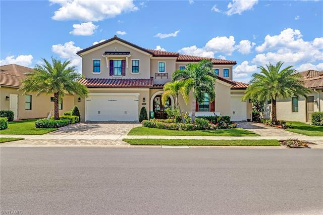 9326 Glenforest Dr, Naples, FL 34120