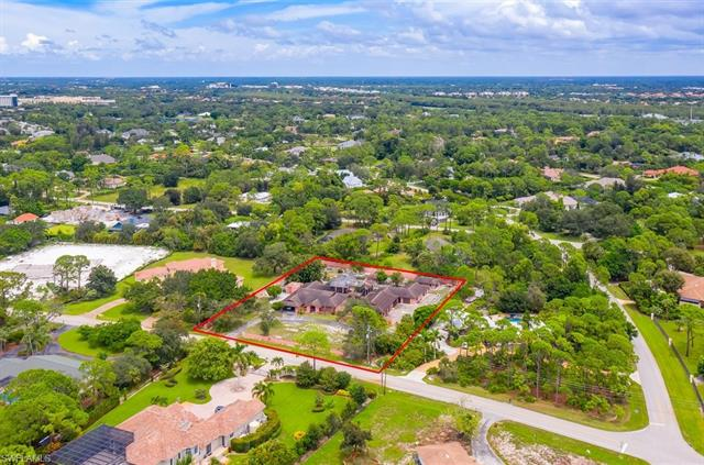 528 Ridge Dr, Naples, FL 34108