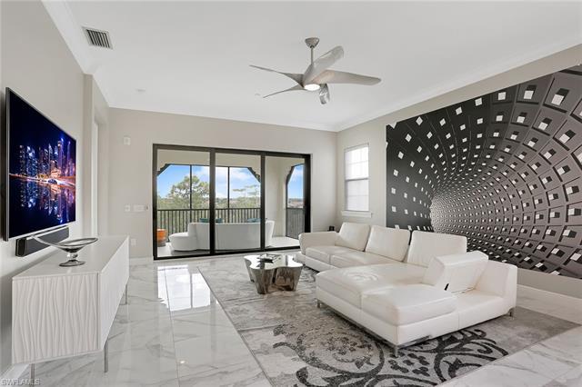 16386 Viansa Way 302, Naples, FL 34110