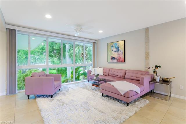 1340 Crayton Rd 4, Naples, FL 34102