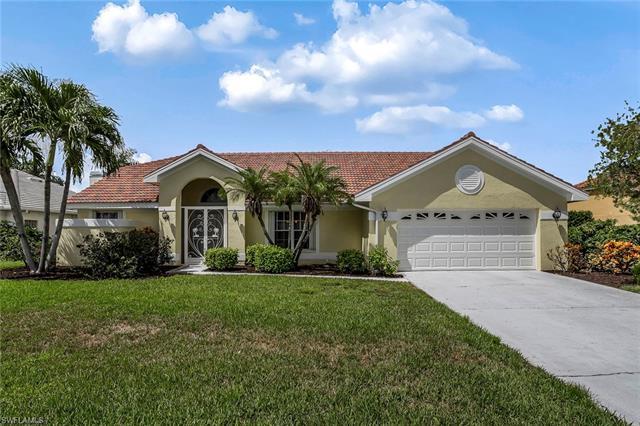 28861 Regis Ct, Bonita Springs, FL 34134