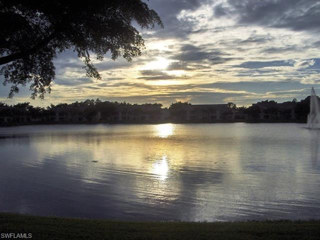 6384 Huntington Lakes Cir 104, Naples, FL 34119