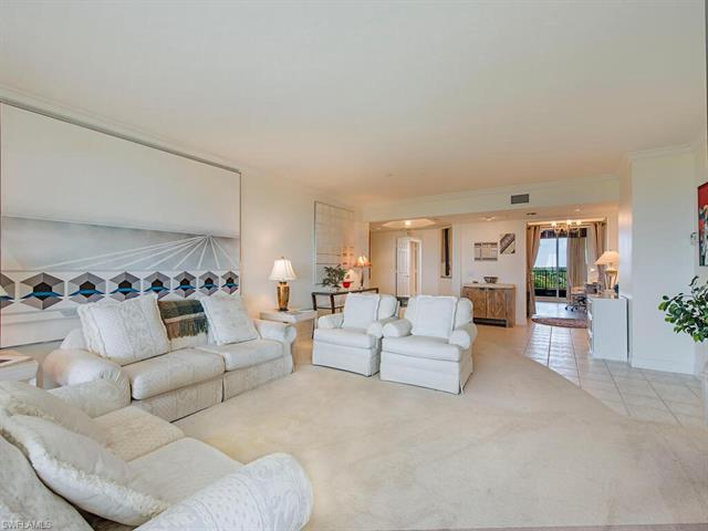 7425 Pelican Bay Blvd 804, Naples, FL 34108