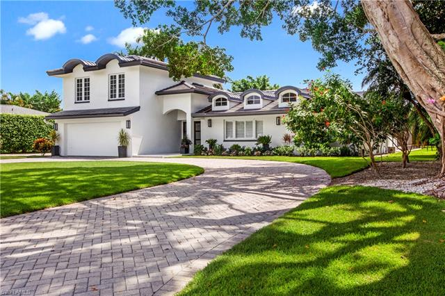 686 Anchor Rode Dr, Naples, FL 34103