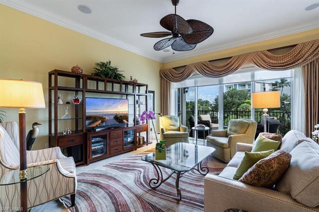 1400 Gulf Shore Blvd N 307, Naples, FL 34102