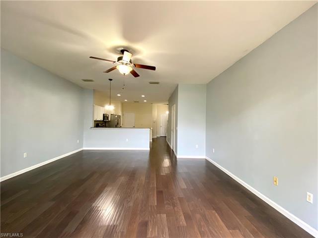 832 Hampton Cir 172, Naples, FL 34105