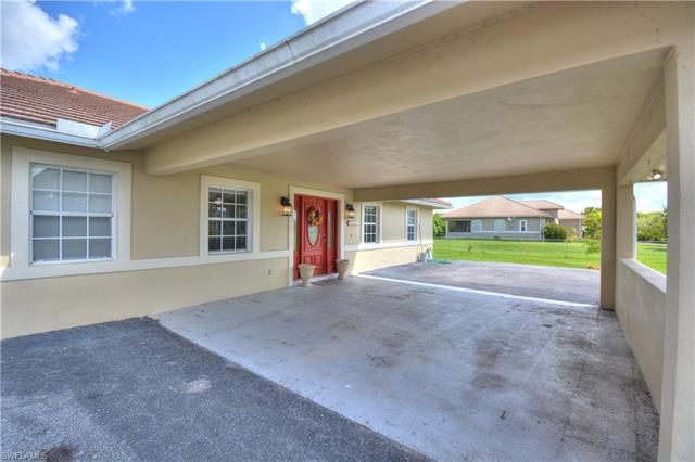 445 39th Ave Nw, Naples, FL 34120