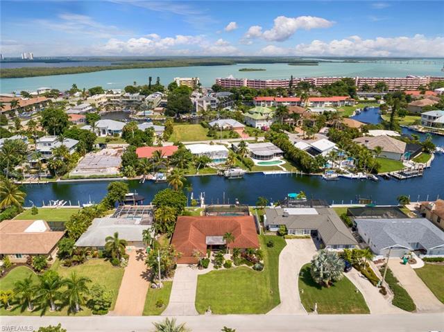 1143 Edington Pl, Marco Island, FL 34145
