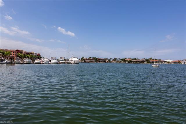 688 Elkcam Cir 1021, Marco Island, FL 34145