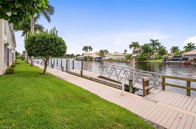 237 Sunrise Cay 104, Naples, FL 34114