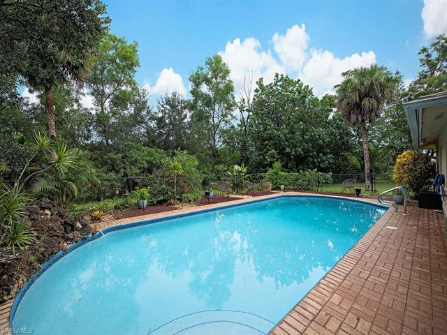 5459 17th Ave Sw, Naples, FL 34116