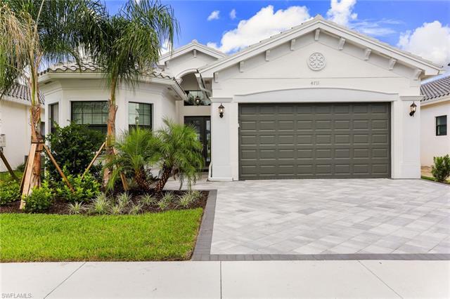 4711 Kensington Cir, Naples, FL 34119