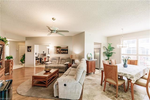 81 Silver Oaks Cir 7101, Naples, FL 34119