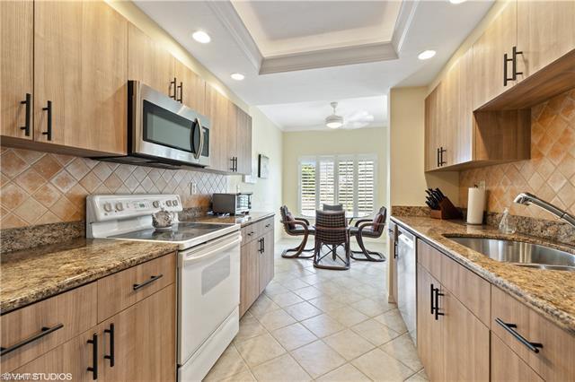 6760 Pelican Bay Blvd 323, Naples, FL 34108