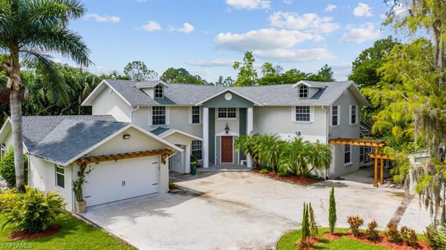 6300 Golden Oaks Ln, Naples, FL 34119