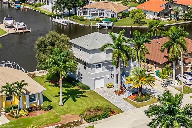 1640 Villa Ct, Marco Island, FL 34145